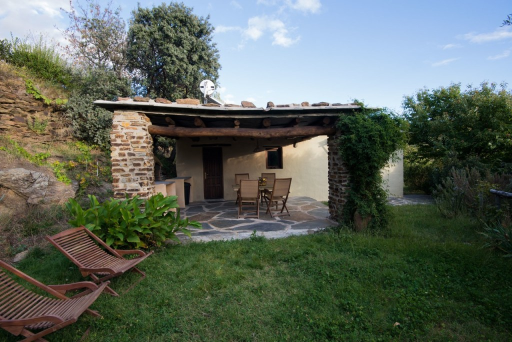 La casita cortijo la vi uela for Casita plastico jardin